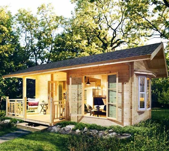 Проект каркасного дома : дачный домик-студия
