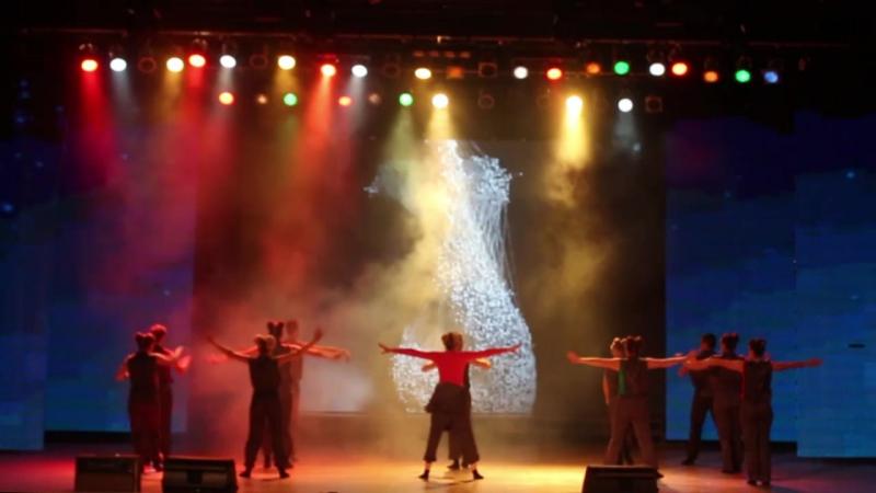 Танец Делегации Удмуртской Республики на ВССО в г. Якутск.