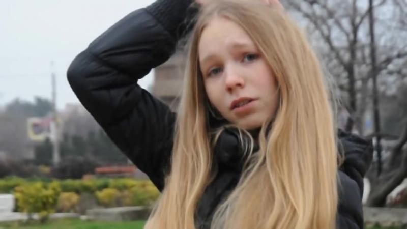 СфоткалаКрасивая школьница(малолетка,teen,вписка,спалилась,14 лет,15,18,daddy,перископ,кончила,skinny)