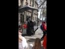 живая скульптура Дон Кихот на улице Рамбла в Барселоне