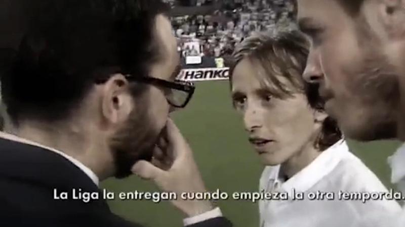 Modric Bale find out La Liga won't be giving them the trophy until next season (Spanish)
