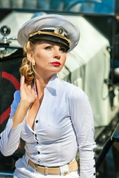 Мария Суслова