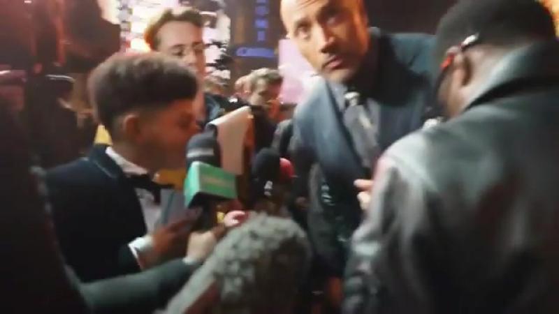 Видеоотчет о премьере Джуманджи в Лондоне