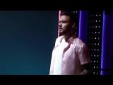 Лиам Пейн танцует и подпевает песне Джона Майера «New Light» на фотосессии для «Seventeen Mexico», 03/06