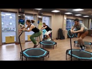 Fitness jumping (фитнес на батуте)