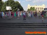 Поля Корвич  флэшмоб в парке Горького   ХЦВ  Создана сиять