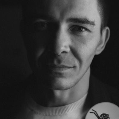 Михаил Худяков