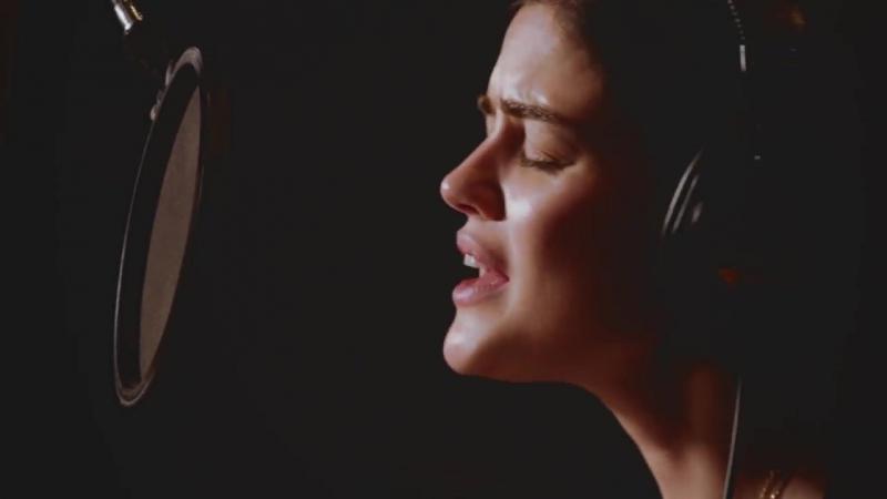 Кантри-звезды исполняют «Angels Among Us» в рамках объединения «Radio Disney» и «St. Jude Children's Research Hospital» 05.12