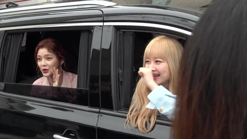 [FANCAM] 20.03.18 Sojin, Keumjo leaving Seoul Fashion Week `MAN.G` Collection