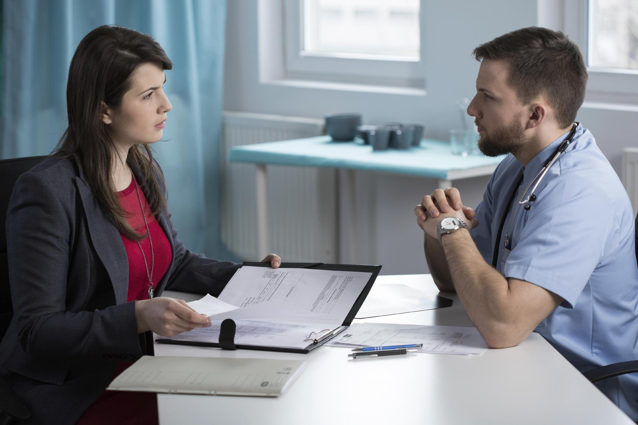 Кто такой медицинский адвокат?