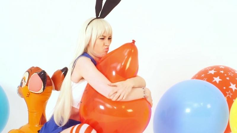 Studio FUUSEN Nailed It inflatable bambi