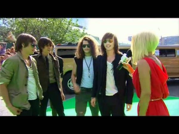 Красная дорожка на Премии МУЗ-ТВ 2011 (1/6) MUZ-TV Awards 2011 red carpet (1/6)