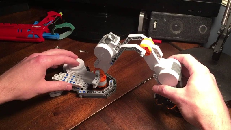 Part 1 Arduino 5-Axis Robotic Arm With Lego mindstorm Bricktronics Shield