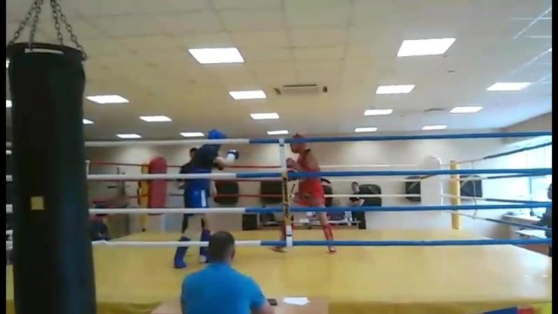 Архив Часть одного из моих недавних боев по тайскому боксу