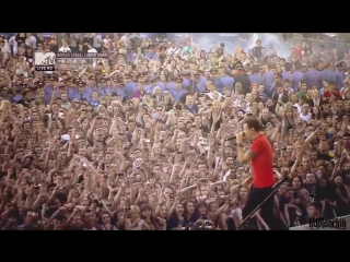 Linkin Park - Breaking The Habit (Live In Red Square) (720p).mp4