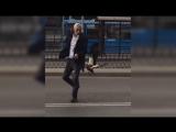 Нападение красной утки на таксиста в Москве попало на видео