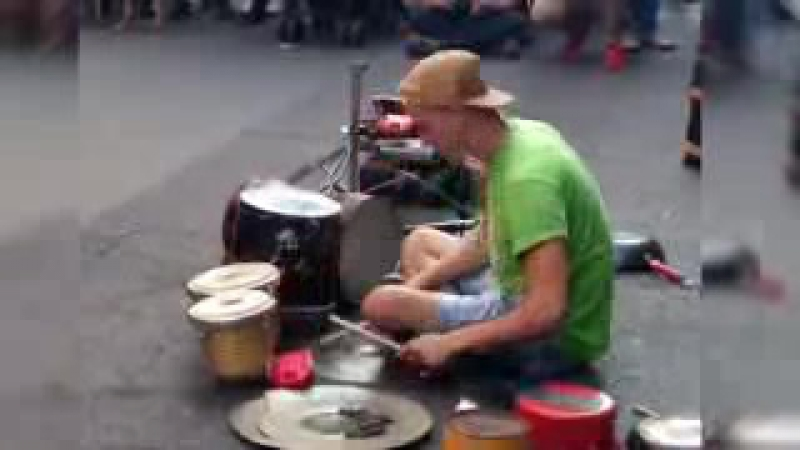 DAMAT - Techno street drummer - part 1 of 2_low.mp4