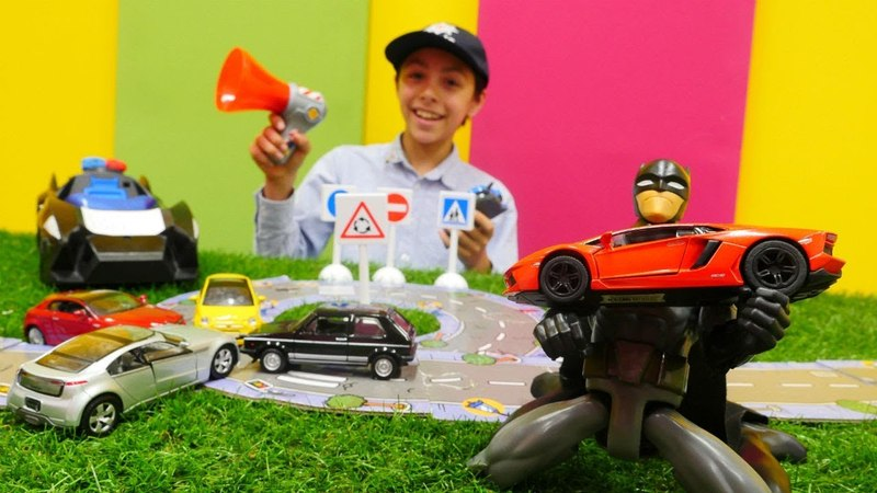 Araba oyunları. Batman polis oluyor! Trafik oyunları.