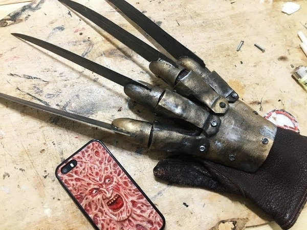 How to Make a real Freddy Krueger Glove from knives\Freddy VS Jason
