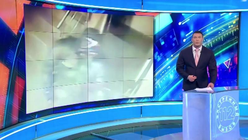 Камеры видеонаблюдения сняли дерзкое ограбление букмекерской конторы в Дагестане