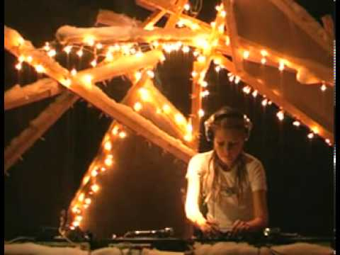Habits Die Showcase: Ryba, Yuka, Lada (live) @ RTS.FM 06.12.2010