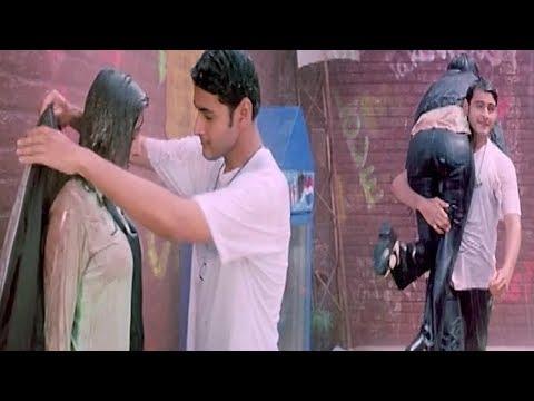 Mahesh Babu Saves Sakshi Sivanand Love Scene || Yuvaraju Movie || TFC Lovers Adda