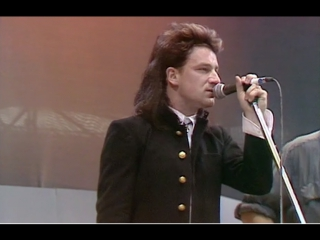 U2 - sunday bloody sunday + bad (live aid 1985 at wembley stadium in london)