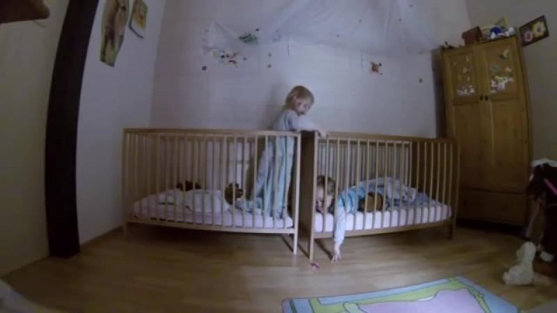 Камера наблюдения в спальне