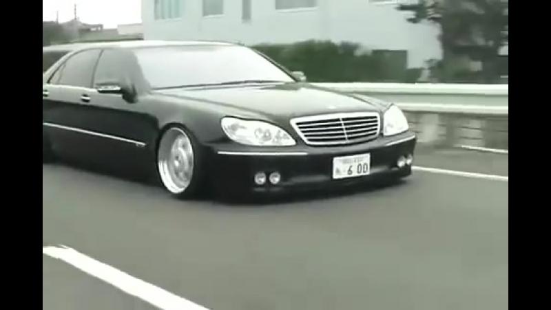 AEE_LIFE\\\ W220 MERCEDES-BENZ S600 LONG V12