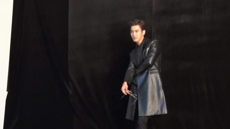 On And On DVD - Jacket Making 시원 Siwon 슈퍼주니어 SuperJunior twitter.comheira1106status945177817695711232