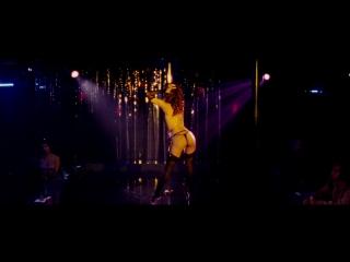 Мариса Томей (Marisa Tomei) и Андреа Ланги (Andrea Langi) голые в фильме «Рестлер» (2008)