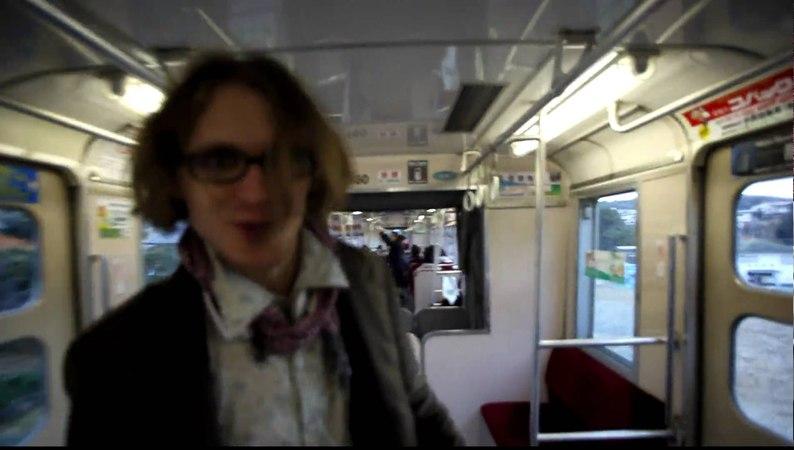 Глупый ролик на Токийском монорельсе