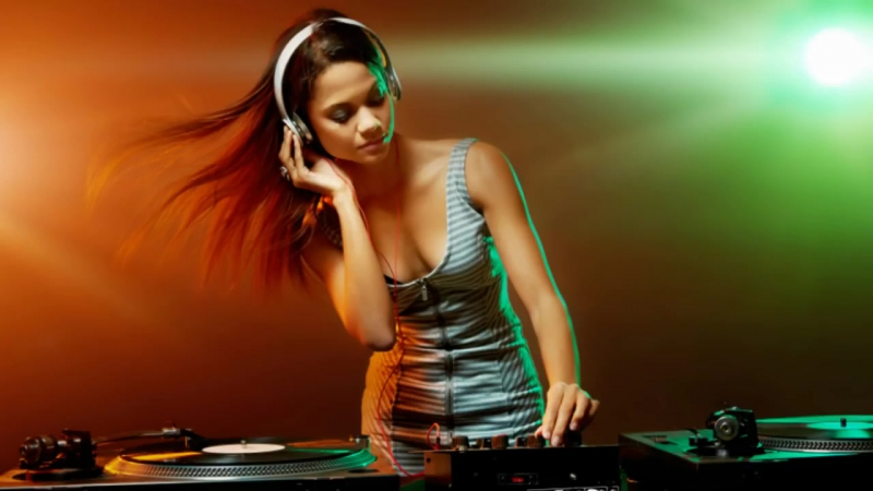 FEMALE VOCAL TRANCE HITS VOLUME 3 2017