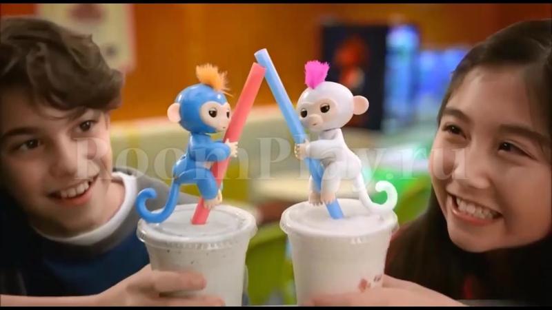 Обезьянка Fingerlings Baby Monkey.
