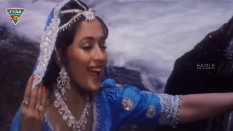Вопреки всему / Khilaaf - Tum Bansi Bajate Ho (720 HD).