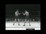 Joe Louis KOs13 Billy Conn (I) - June 18, 1941/ Retains Title!