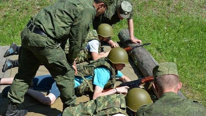 Старшеклассников обучат основам военной службы