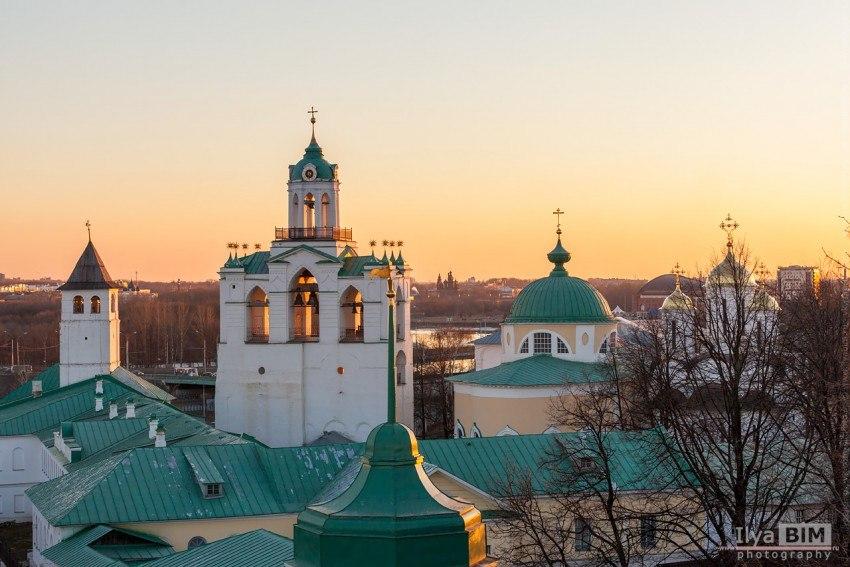 fIKe6oTN91I Спасо-Преображенский монастырь в Ярославле.