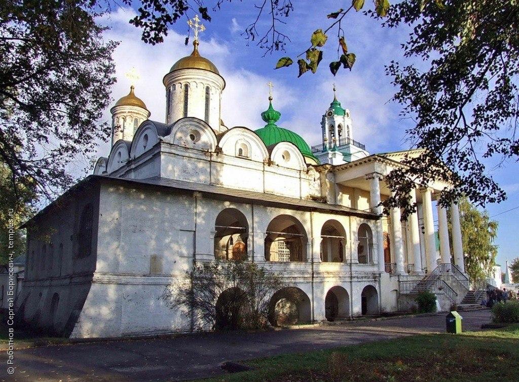 ao8xcxUvLw4 Спасо-Преображенский монастырь в Ярославле.