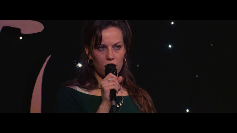 Nat King Cole's Autumn Leaves sang by Kate Thomas