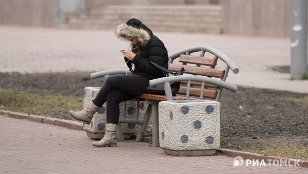 Скамьи с интернетом и функцией вызова полиции могут появиться в Томске