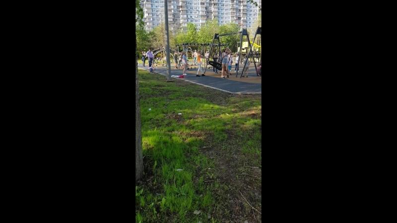 наделали детских рлощадок в парке 850 летия москвы