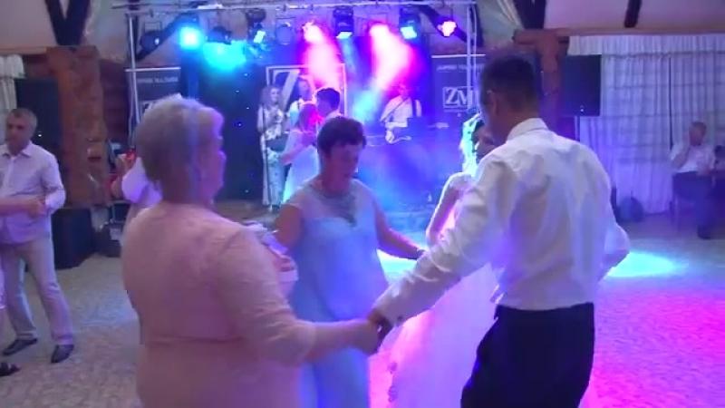 Пісня для мами на весіллі A song for mom at a wedding