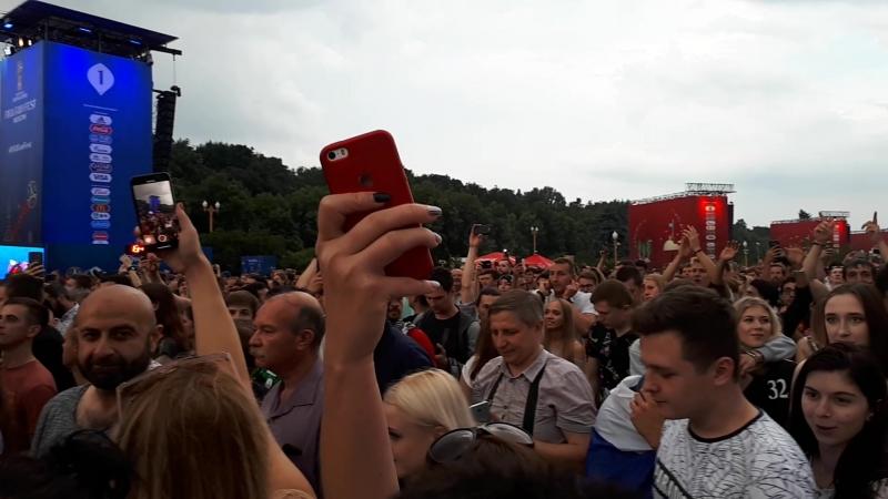 Победитель ЧМ Франция Фан зона на Воробьевых горах После матча