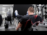 Milan Sadek Trains Legs