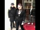 Белла покидает отель «Royal Monceau», Париж (20.01.18)