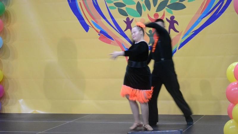 Выступление ребят из ГКУСО МО Балашихинский РЦ Росинка на ярмарке конкурсе инновационных социальных практик Московской област