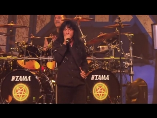 #ANTHRAX - Caught In A Mosh (OFFICIAL LIVE CLIP)