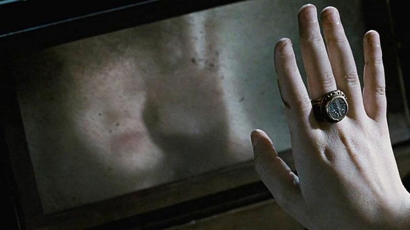 Шкатулка проклятия — Русский трейлер (2012) / США Канада / ужасы триллер / Джеффри Дин Морган / Наташа Калис / Мэдисон Девенпорт