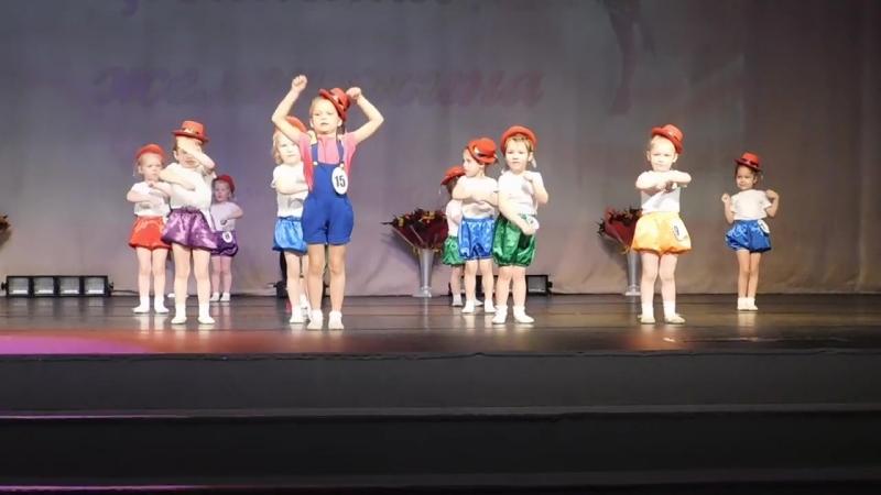 У Лилички дебют Конкурс Танцевальная жемчужина Заняли 1 место 😂💃🏆🏅 С победой 💪